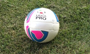 Pallone-Lega-Pro-13-144