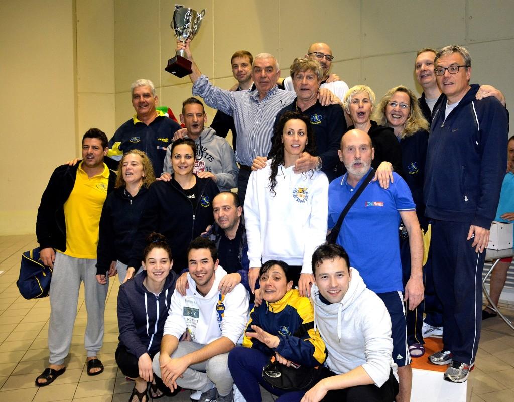 CentroNuotoBastia_campioni regionali 2015