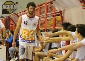 Vitalesta Ruggero 2015 high five